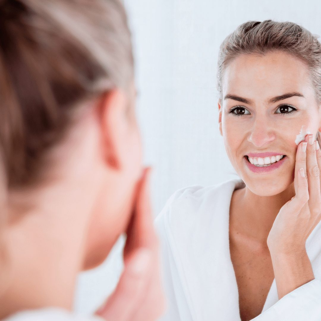What is the difference between hydrating and moisturising your skin?